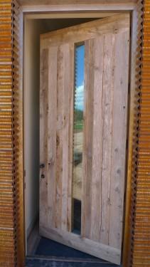 Stempel Studio_barn wood door